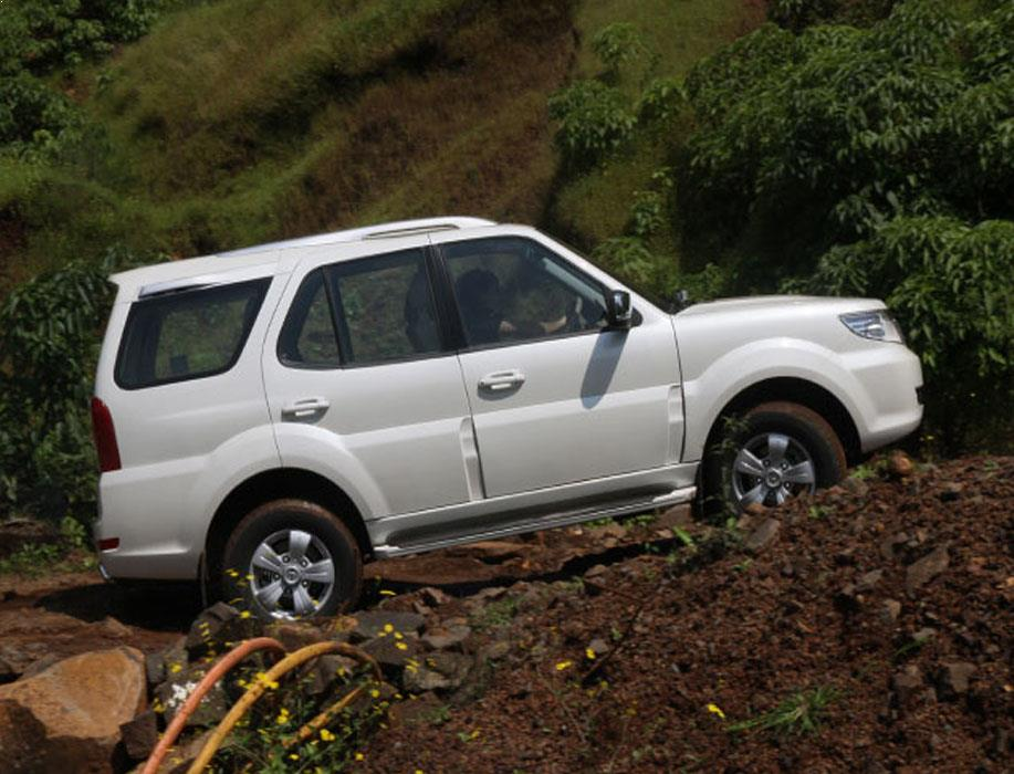 Tata Storme Features